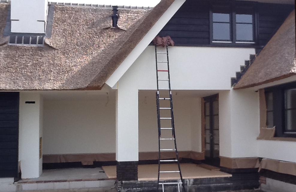 Buitenmuur schilderen leest u hier de prijzen en for Behang voor slechte muren